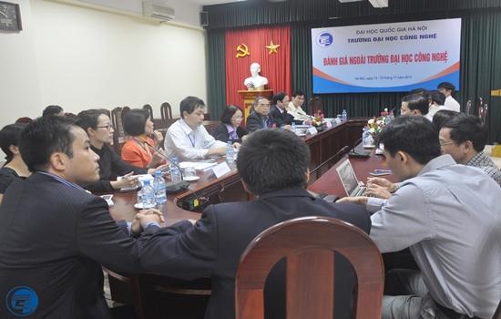 DGN Truong DHCN_2013