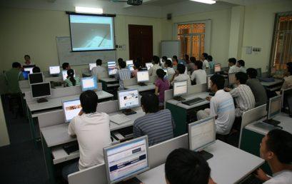 Ngành Công nghệ Kỹ thuật điện tử Truyền thông hệ Chất lượng cao